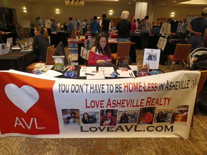 Love AVL Angel Pets Expo