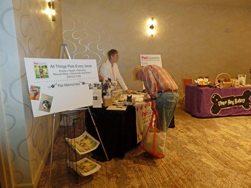 Pet Gazette Angel Pets Expo